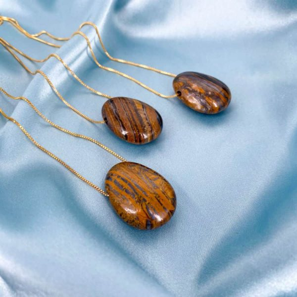 Tiger Eye Pendant 18k Gold Plated 18 in chain -w900-h900